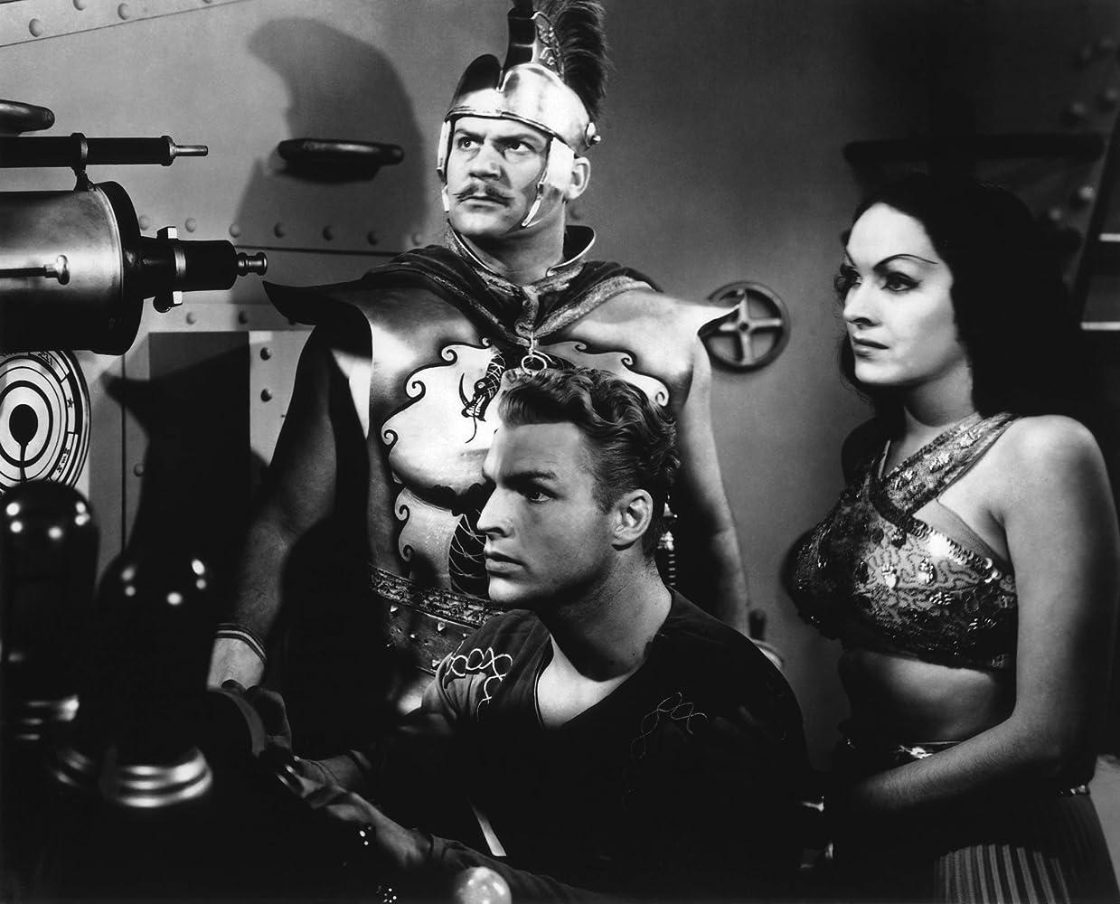 Richard Alexander, Buster Crabbe, and Priscilla Lawson in Flash Gordon (1936)