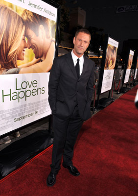 Aaron Eckhart at an event for Love Happens (2009)
