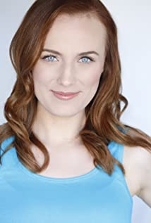 Kara Connolly Picture