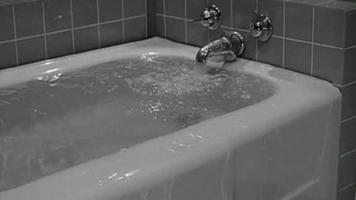 Beaver Takes a Bath (1959)