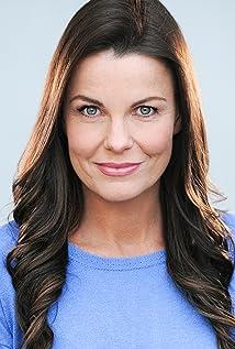 Lisa Stewart Picture