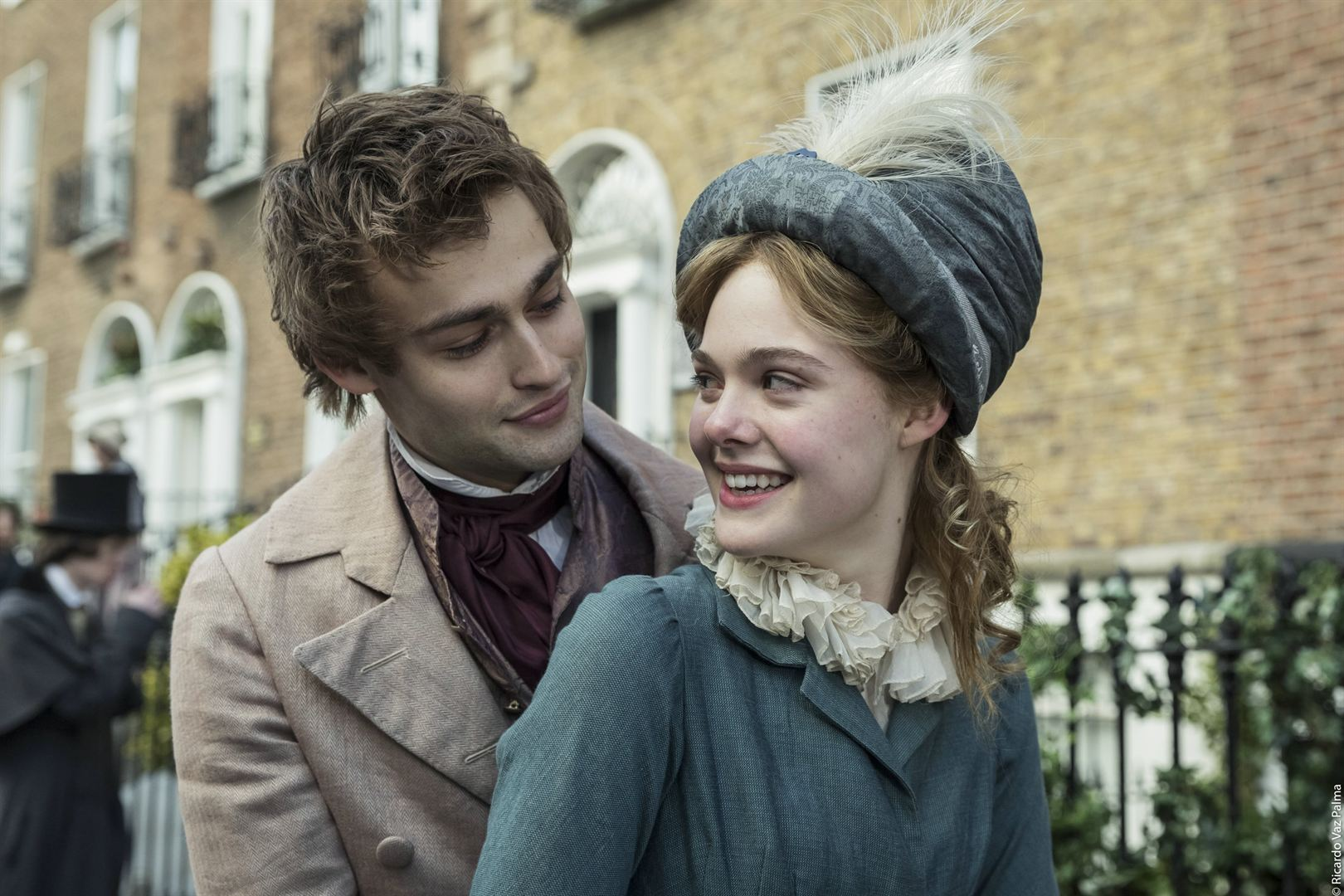 Elle Fanning and Douglas Booth in Mary Shelley (2017)