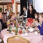 Michael Keaton, Carol Burnett, Alexis Bledel, Vicky Jenson, Jane Lynch, and Zach Gilford in Post Grad (2009)