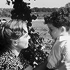 Heidemarie Hatheyer and Wolfgang Mahnke in Mein Herz darfst du nicht fragen (1952)