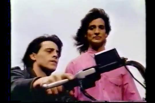 Matt LeBlanc and Robert Torti in Vinnie & Bobby (1992)