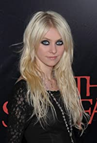 Primary photo for Taylor Momsen
