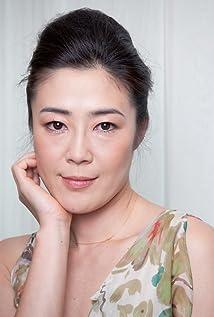Shinobu Terajima Picture