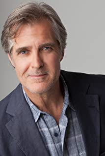Henry Czerny Picture