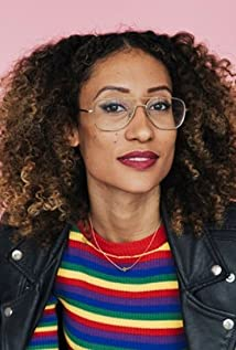 Elaine Welteroth Picture