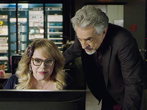Joe Mantegna and Kirsten Vangsness in Criminal Minds (2005)