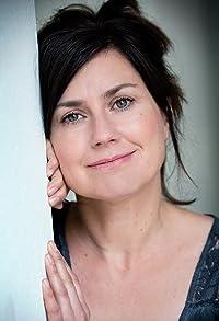 Primary photo for Isabel Mergl