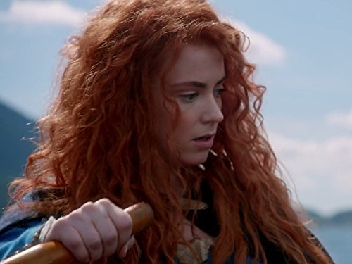 Amy Manson annual holiday