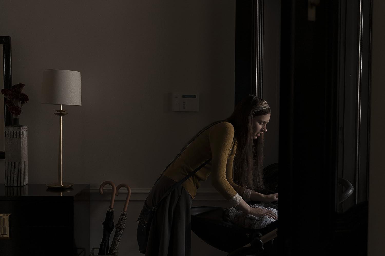 Nell Tiger Free in Servant (2019)