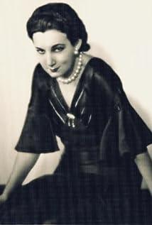 Judith Vosselli Picture