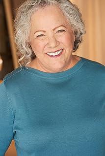Elaine Kratofil Picture