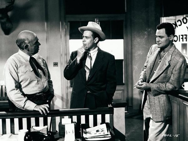 John Agar, Ross Elliott, and Nestor Paiva in Tarantula (1955)