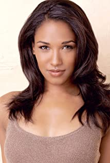 Candice Patton Picture