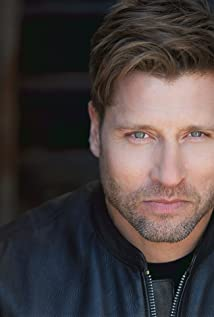 Damon Runyan Picture