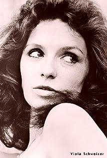 Viola Schweizer Picture