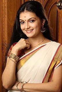 Saranya Mohan Picture