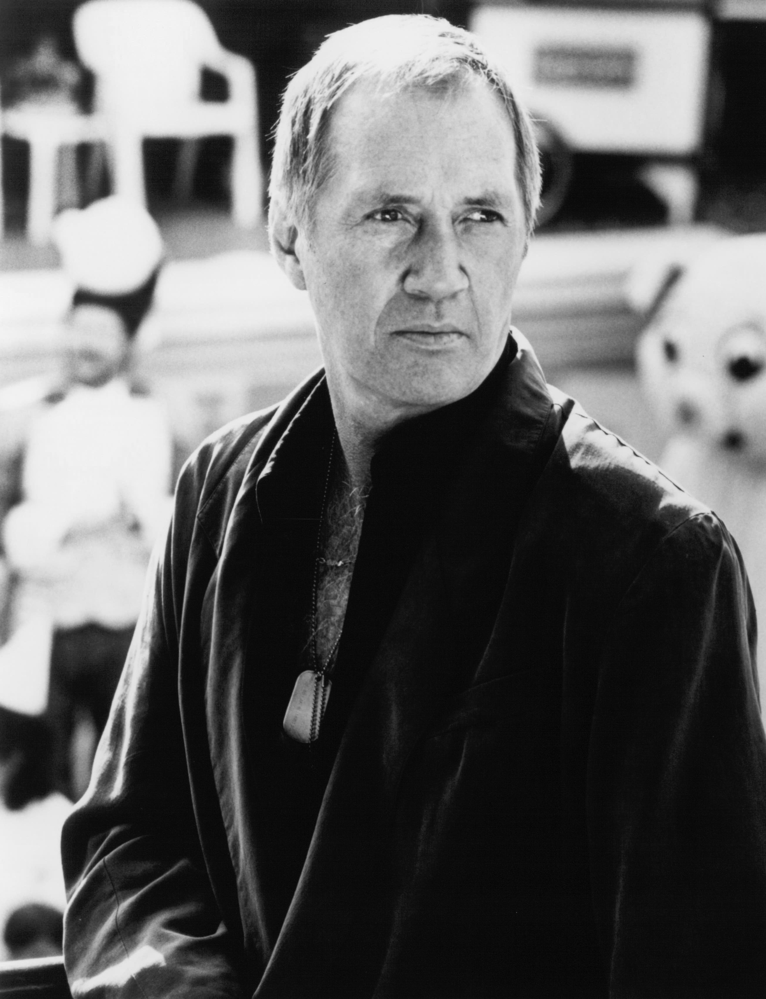 David Carradine in Bird on a Wire (1990)