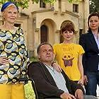Irm Hermann, Jule Ronstedt, Jockel Tschiersch, and Josefine Preuß in Lotta & die großen Erwartungen (2012)