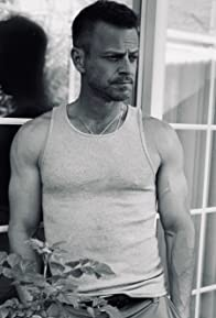 Primary photo for Carmine Giovinazzo