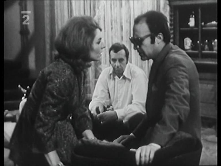 Arnostka Mohelská, Milan Vágner, and Jaroslav Dufek in Ocitý svedek (1970)