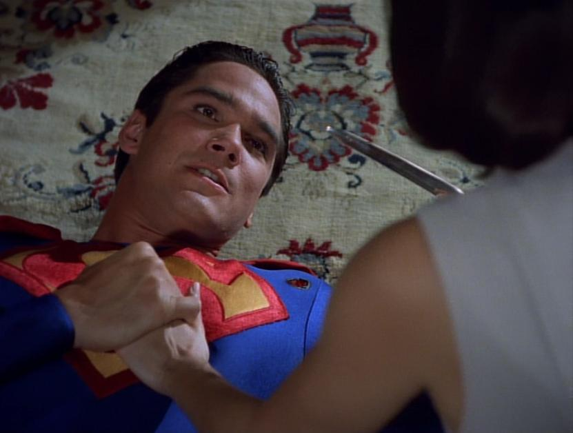 Teri Hatcher and Dean Cain in Lois & Clark: The New Adventures of Superman (1993)
