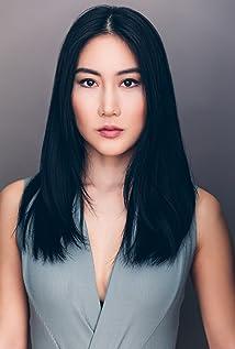 Hana Kim Picture