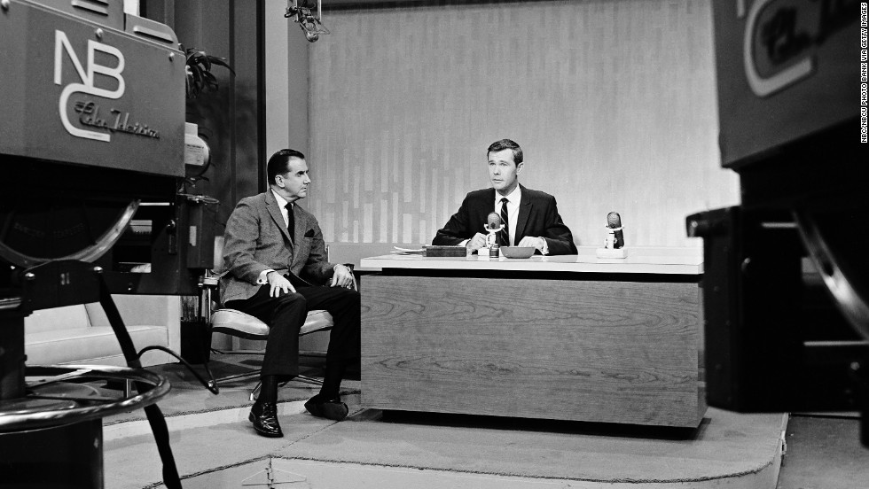 Johnny Carson and Ed McMahon in The Tonight Show Starring Johnny Carson (1962)