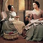 Ana Belén and María Luisa Ponte in Fortunata y Jacinta (1980)