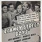 Noah Beery, Leo Gorcey, Huntz Hall, and Bobby Jordan in Clancy Street Boys (1943)