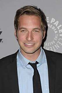 Ryan Hansen Picture