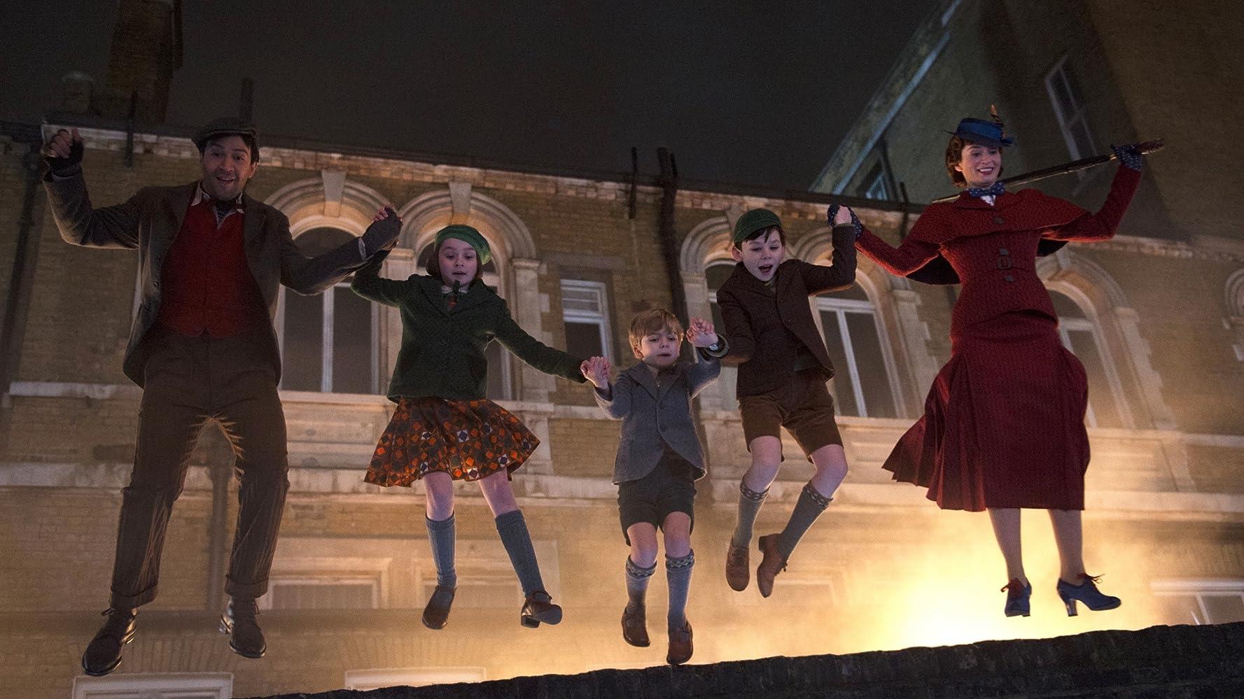 Lin-Manuel Miranda, Emily Blunt, Pixie Davies, Nathanael Saleh, and Joel Dawson in Mary Poppins Returns (2018)