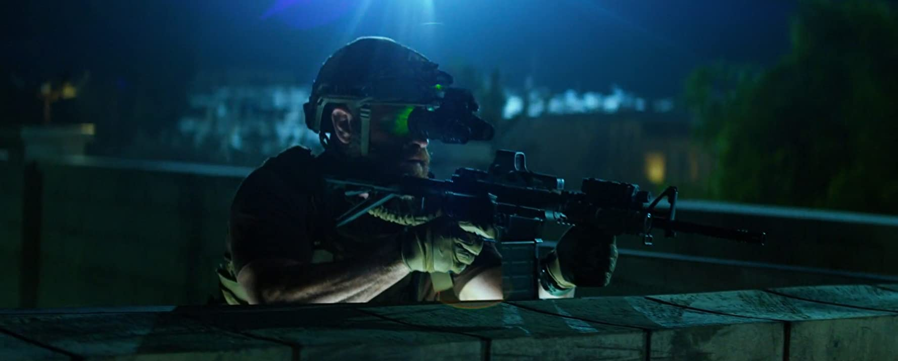 Max Martini in 13 Hours (2016)