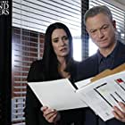 Gary Sinise and Paget Brewster in Criminal Minds: Beyond Borders (2016)