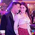 Kareena Kapoor and Akshay Kumar in Good Newwz (2019)