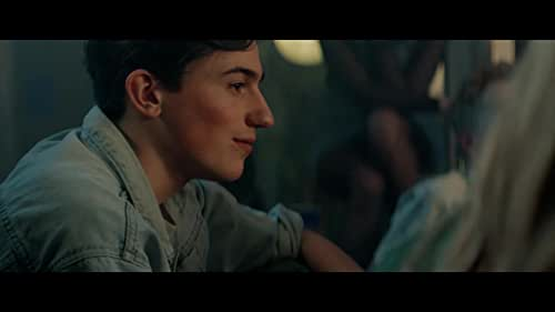 When the fifteen year old Bram meets Florian at a house party, he immediately falls for him. There's only one problem: nobody knows Bram is gay.