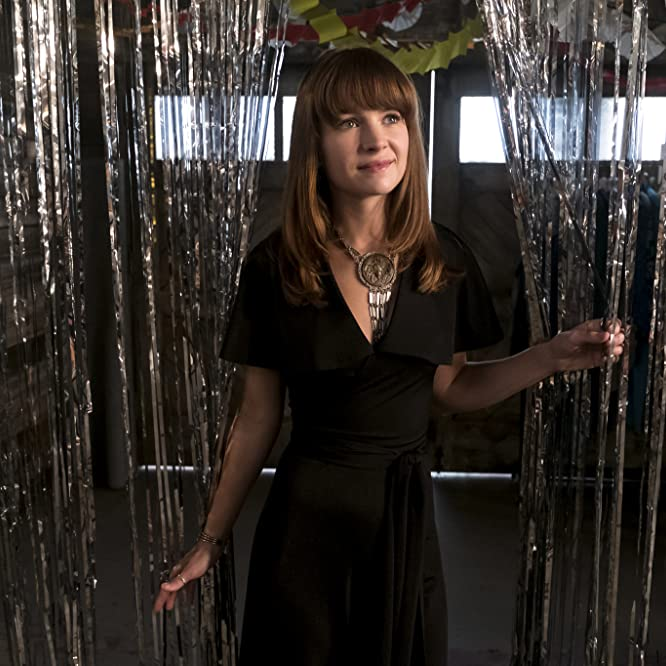 Britt Robertson in Girlboss (2017)