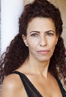 Elizabeth Gilboa Picture