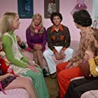 Christopher Daniel Barnes, Jennifer Elise Cox, Olivia Hack, Jesse Lee Soffer, Paul Sutera, and Christine Taylor in The Brady Bunch Movie (1995)