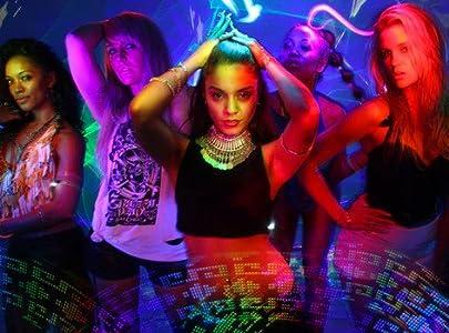2018 most downloaded movies Vanessa Hudgens v YLA: $$$ex by Aya Tanimura [2048x1536]