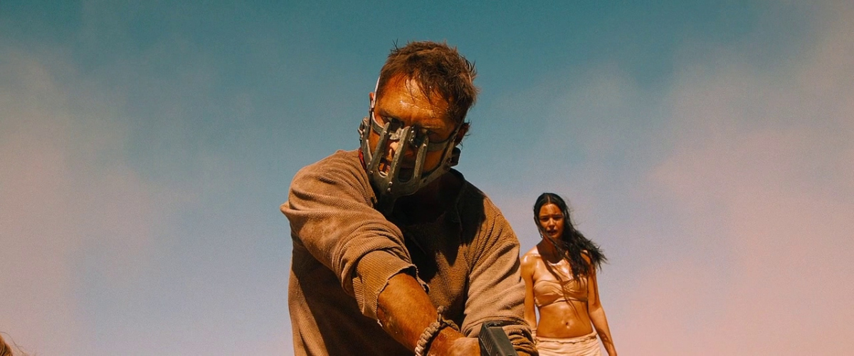 Tom Hardy and Courtney Eaton in Mad Max: Fury Road (2015)