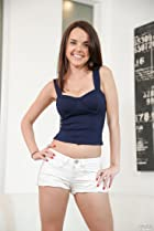 Dillion Harper