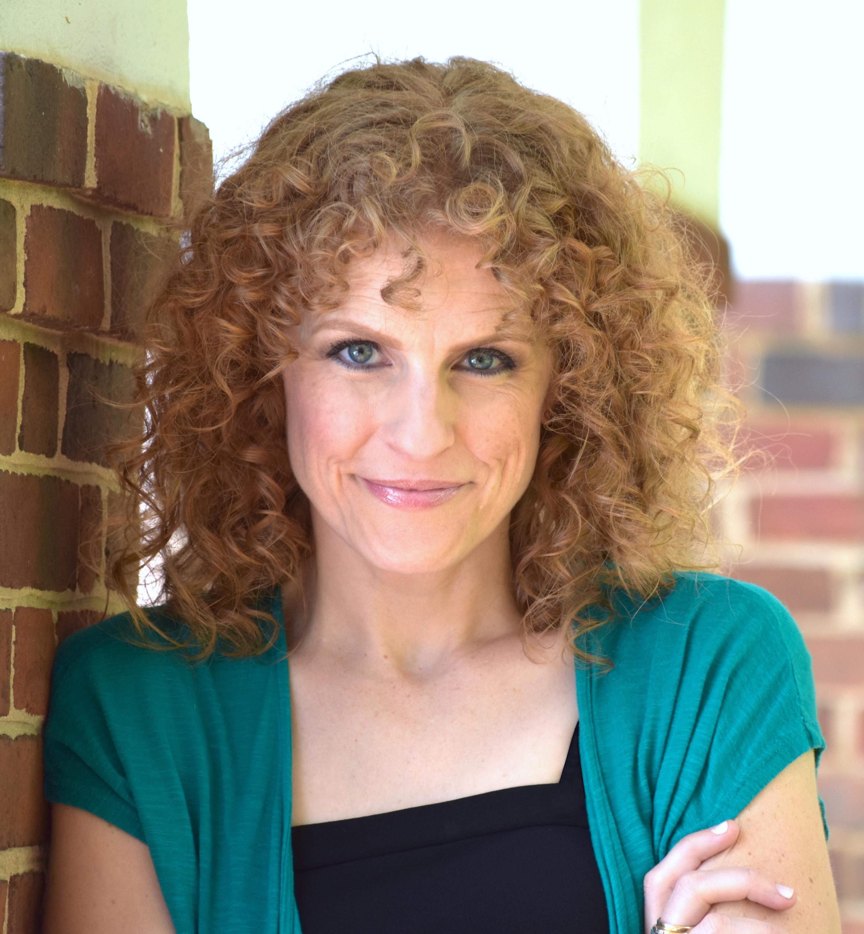 Lauren E. Roman Nude Photos 9