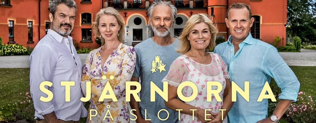 Julia Dufvenius, Björn Kjellman, Pernilla Wahlgren, Måns Möller, and Dragomir Mrsic in Stjärnorna på slottet (2006)