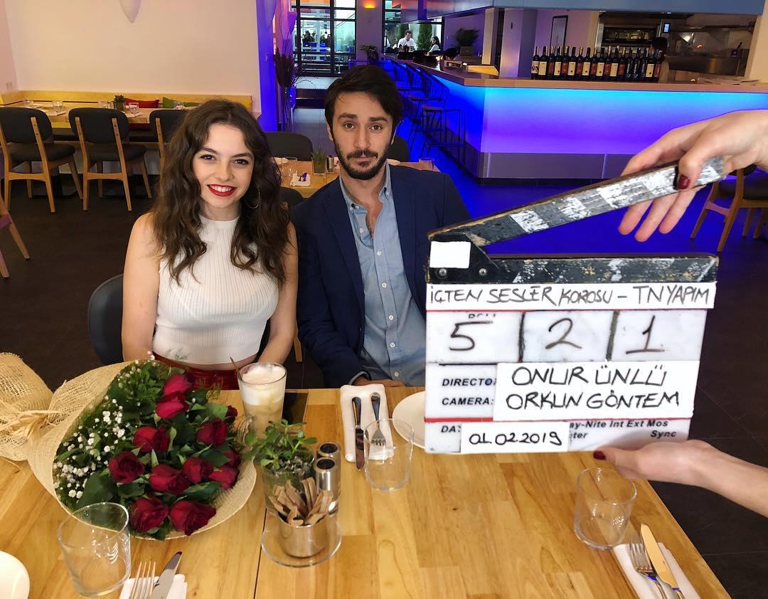 Ahmet Rifat Sungar and Melis Sezen in Içten Sesler Korosu (2019)