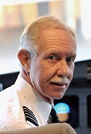 Sully: Sully Sullenberger - The Man Behind the Miracle Poster
