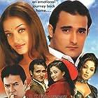 Rajesh Khanna, Akshaye Khanna, Aishwarya Rai Bachchan, and Suman Ranganath in Aa Ab Laut Chalen (1999)